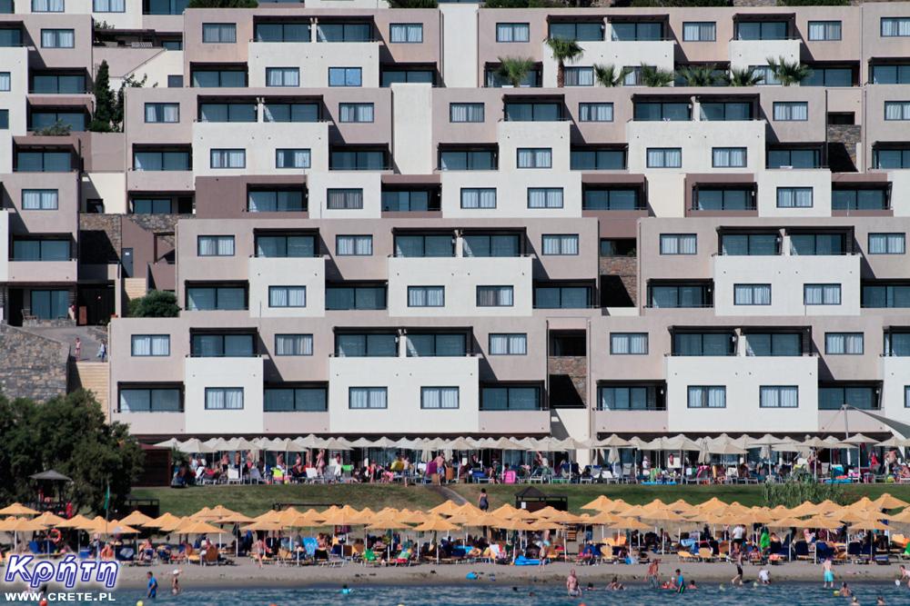 Kompleks hotelowy w Analipsi