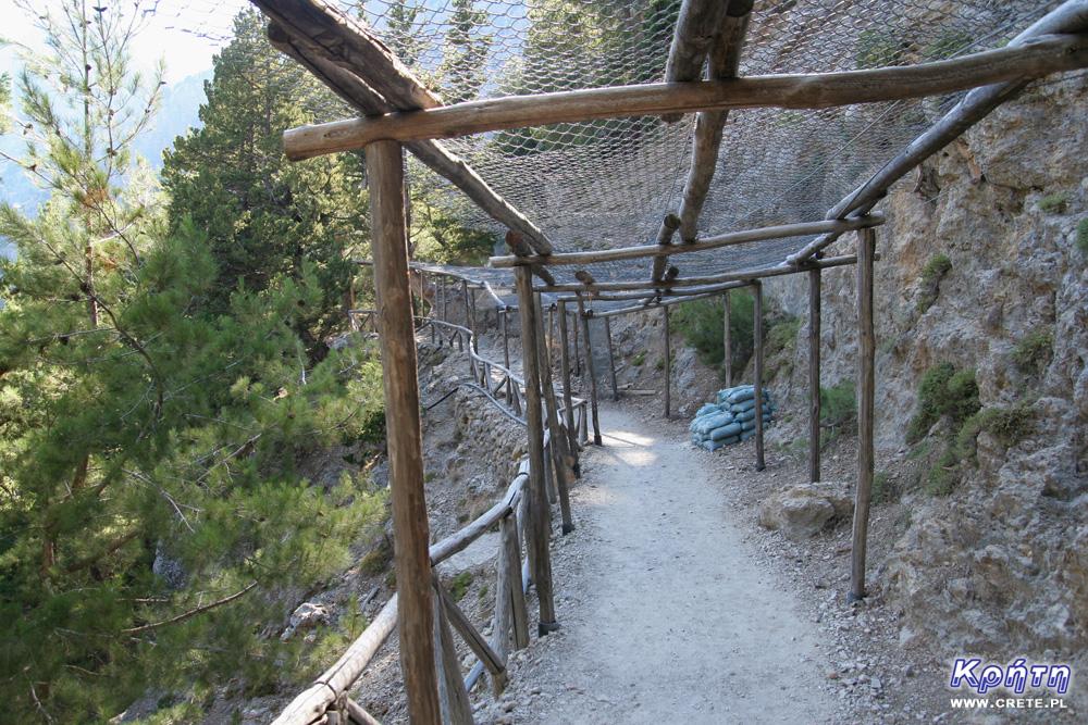 Szlak przez wąwóz Samaria